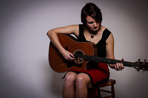 Singer Songwriter Amanda Grace