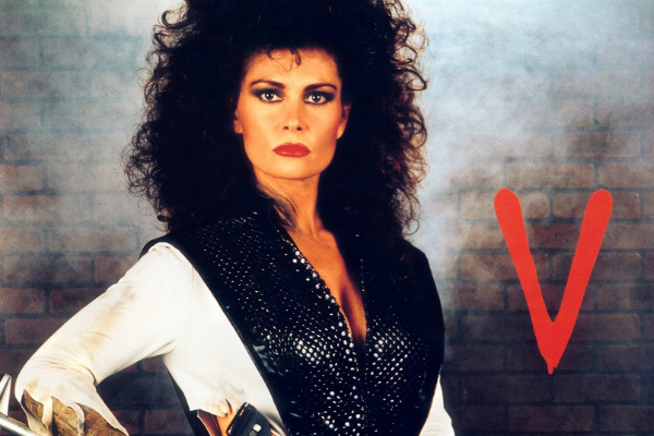 Jane Badler - V